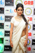 Shriya Saran latest pics at Gr8 Women Awards-thumbnail-3