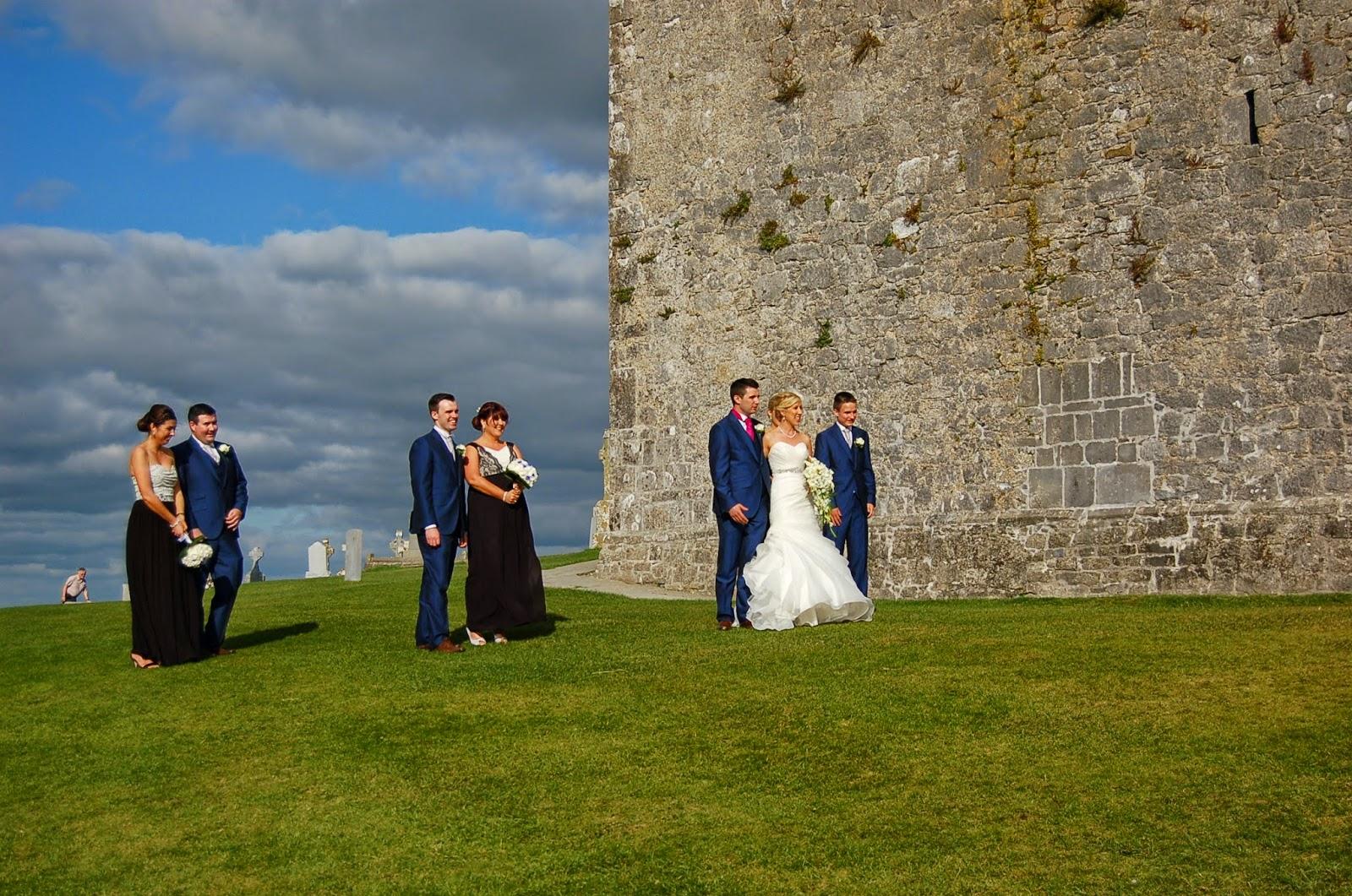 casamento em rock of cashel, irlanda