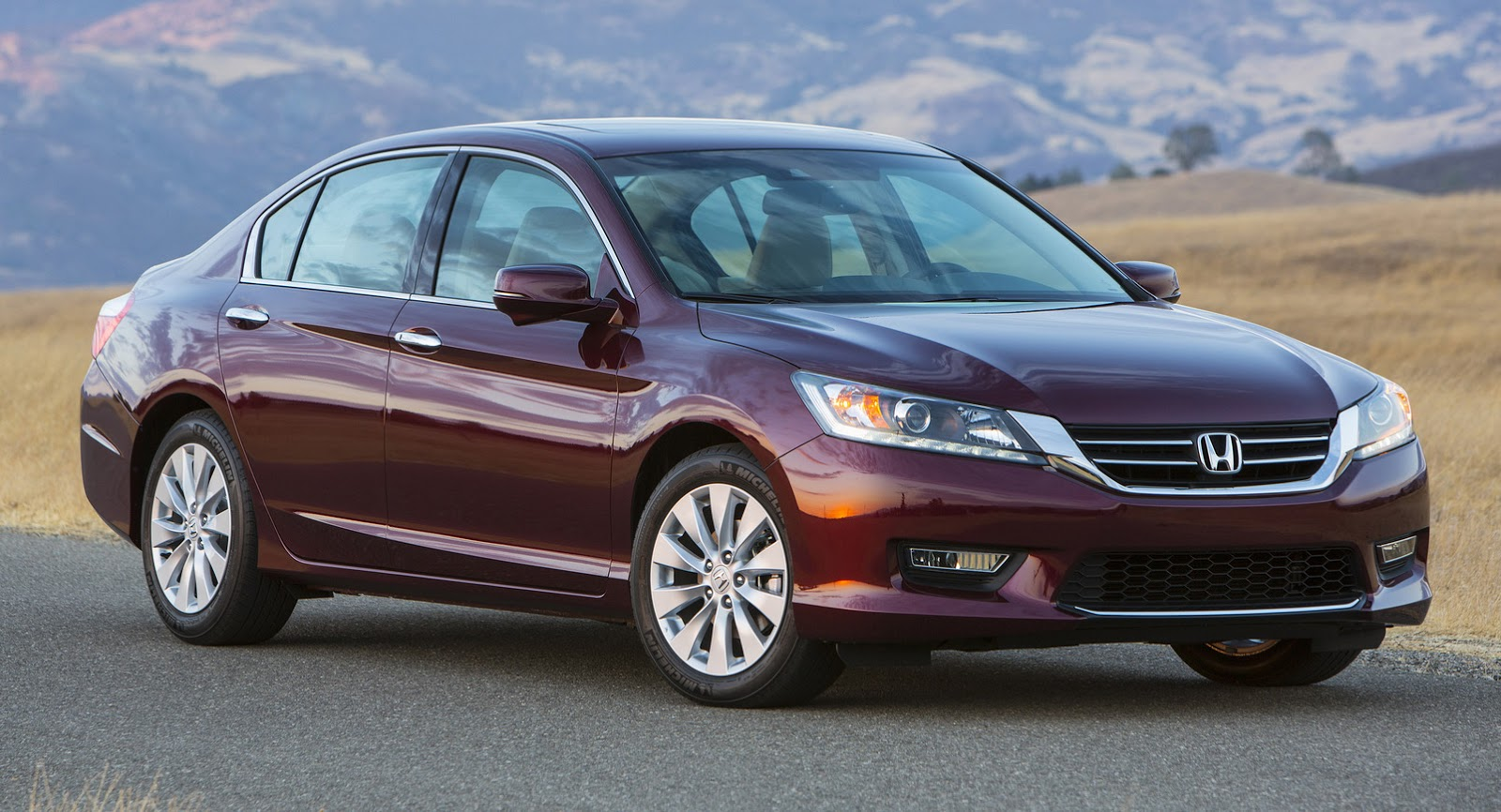 honda debuts 2016 accord facelift we visually compare it