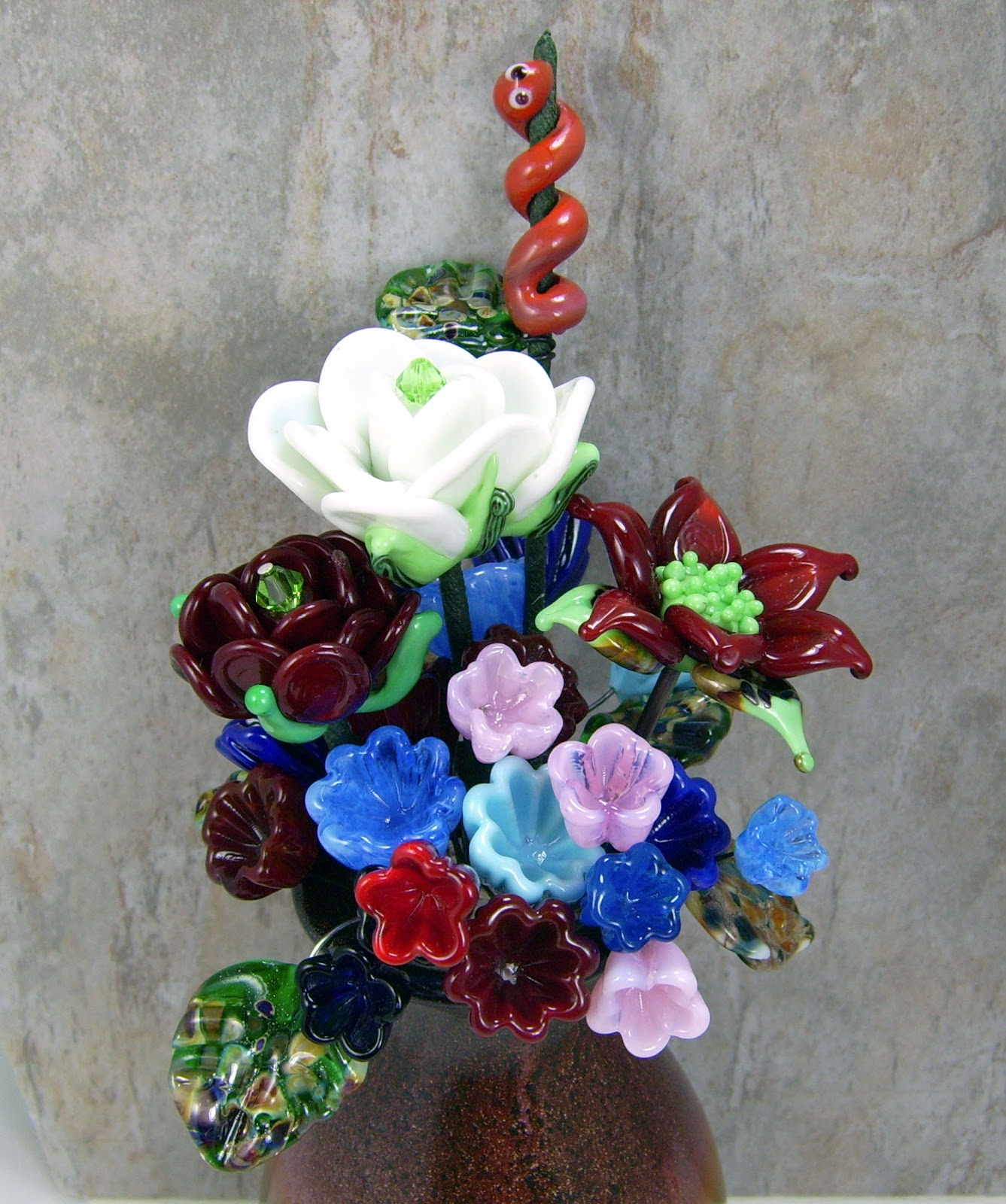 Deb\'s Blog: Flower Bouquets and Beads Make Me Smile
