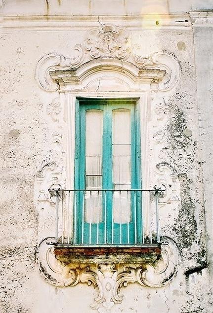 Romantic and Beautiful Balcony 3