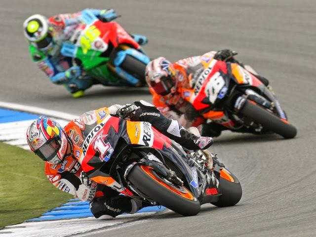 Cambio de Reglamento MotoGP 2002