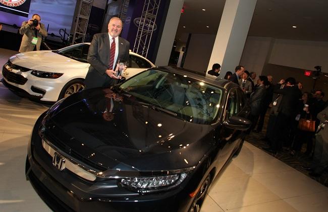 """Honda Civic - """"Xe của năm 2016"""" tại Bắc Mỹ"""