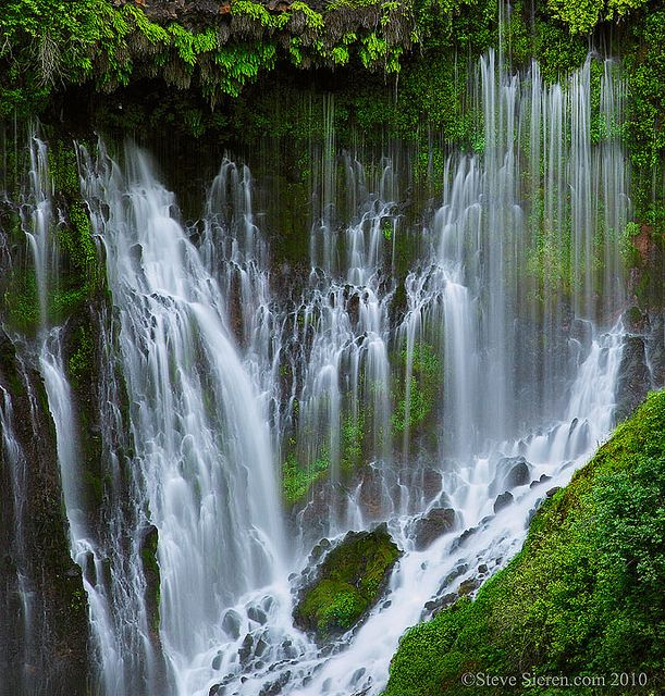 McArthur-Burney Falls Memorial State Park ,Calofornia,USA