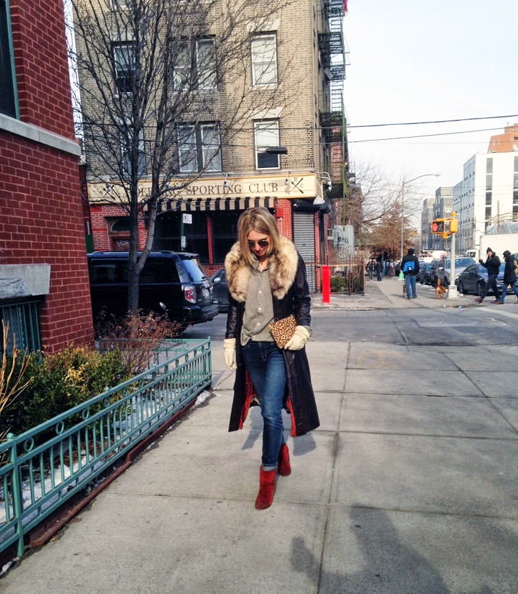 Brown leather belted trench coat, J Brand dark skinny cuffed jeans, Rag & Bone Newbury boots, Brooklyn nyc