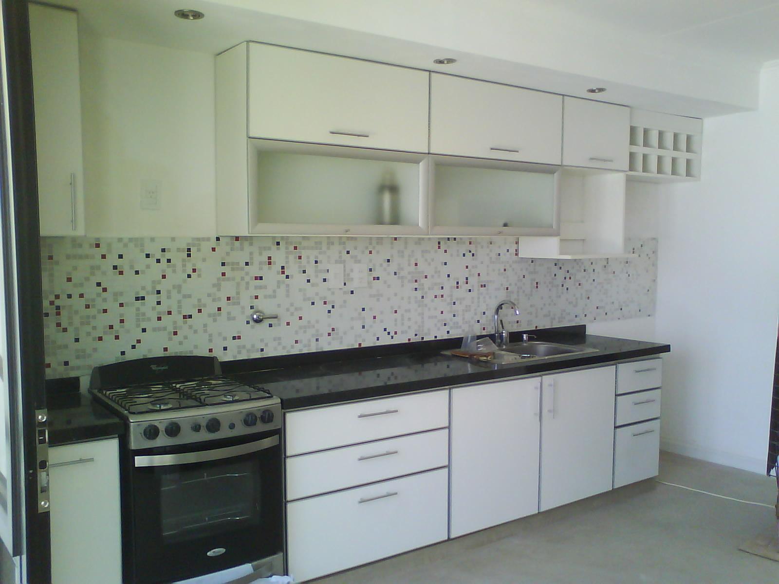 Amoblamientos parma muebles de cocina for Modelos de zapateros en melamina