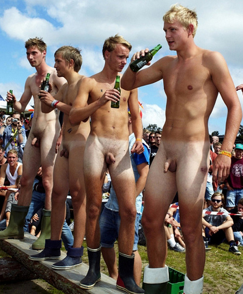 naked men in public