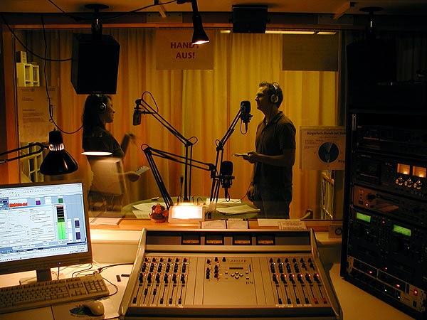 Werk-Stadt Live moderieren Dipl.-Kulturpädagogin Simone Bettray und Roman Schellenberg (Foto: Marek Schirmer)