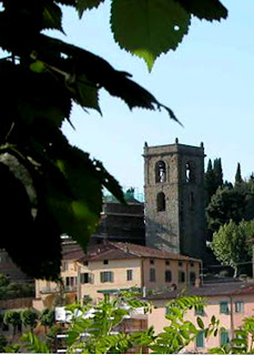 Photo of the bell tower in Monteatini Alto