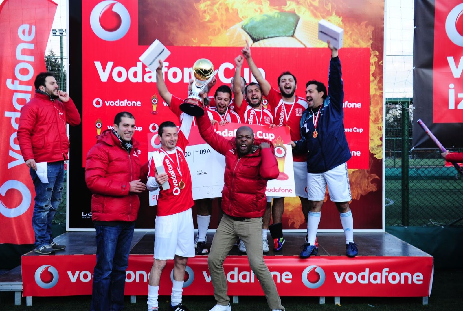 vodafone gets world cup co sponsorship Ahead of the 2018 and 2022 fifa world cup™, fifa will offer companies the opportunity to purchase regional sponsorship packages for the first time.