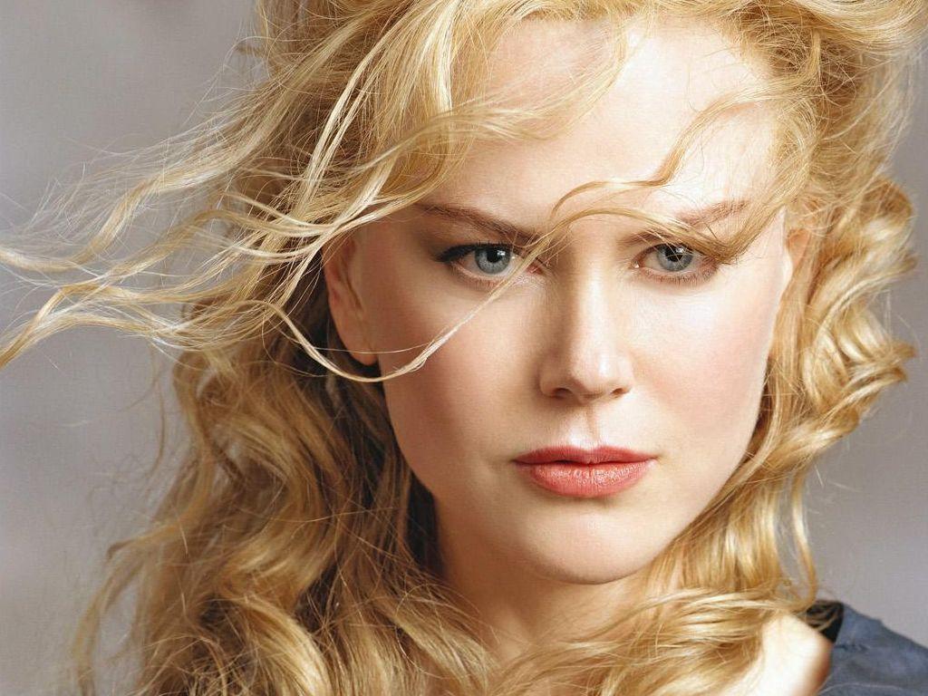 http://4.bp.blogspot.com/-argHHFV-Kr8/Tkx7pt1XDaI/AAAAAAAAAP0/219zaNtX5e0/s1600/Nicole-Kidman.jpg