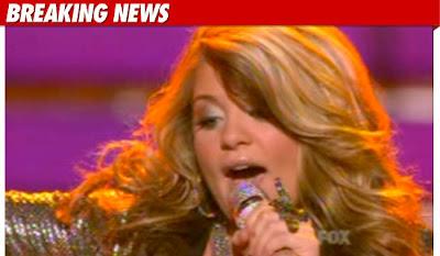 Американ айдъл 2011- Лорън Алана - The Show Must Go On!
