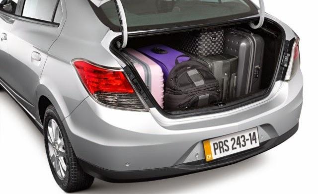 Novo Chevrolet Prisma 2014 espaço interno