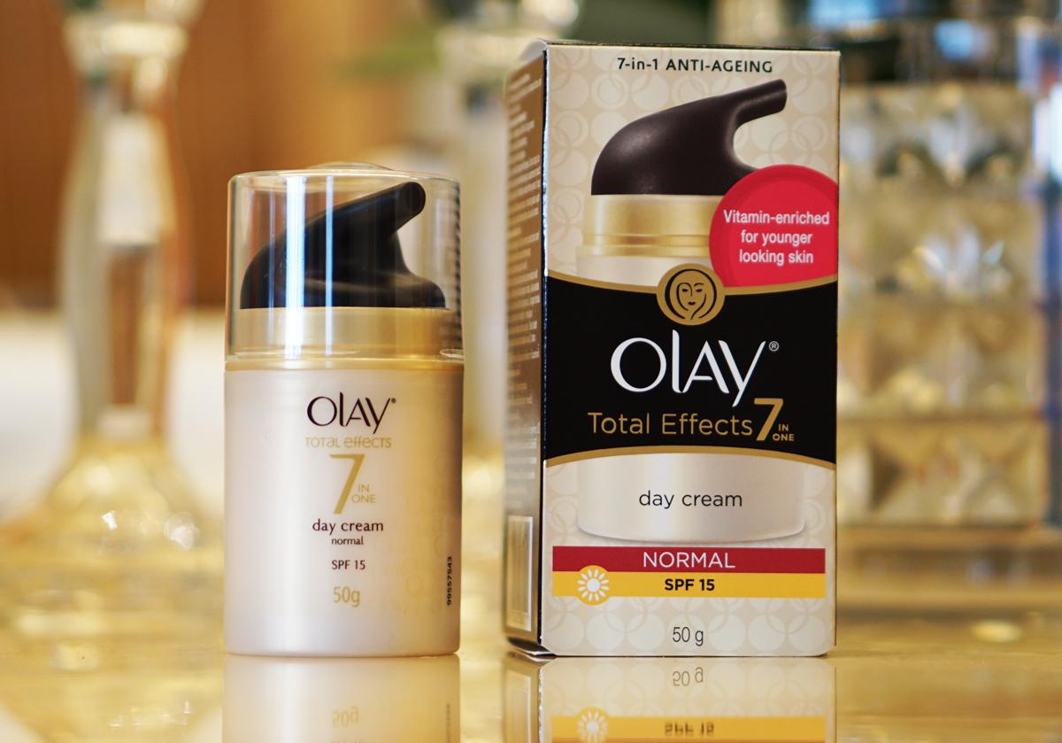 ผลการค้นหารูปภาพสำหรับ Olay Total Effects Day Cream Normal