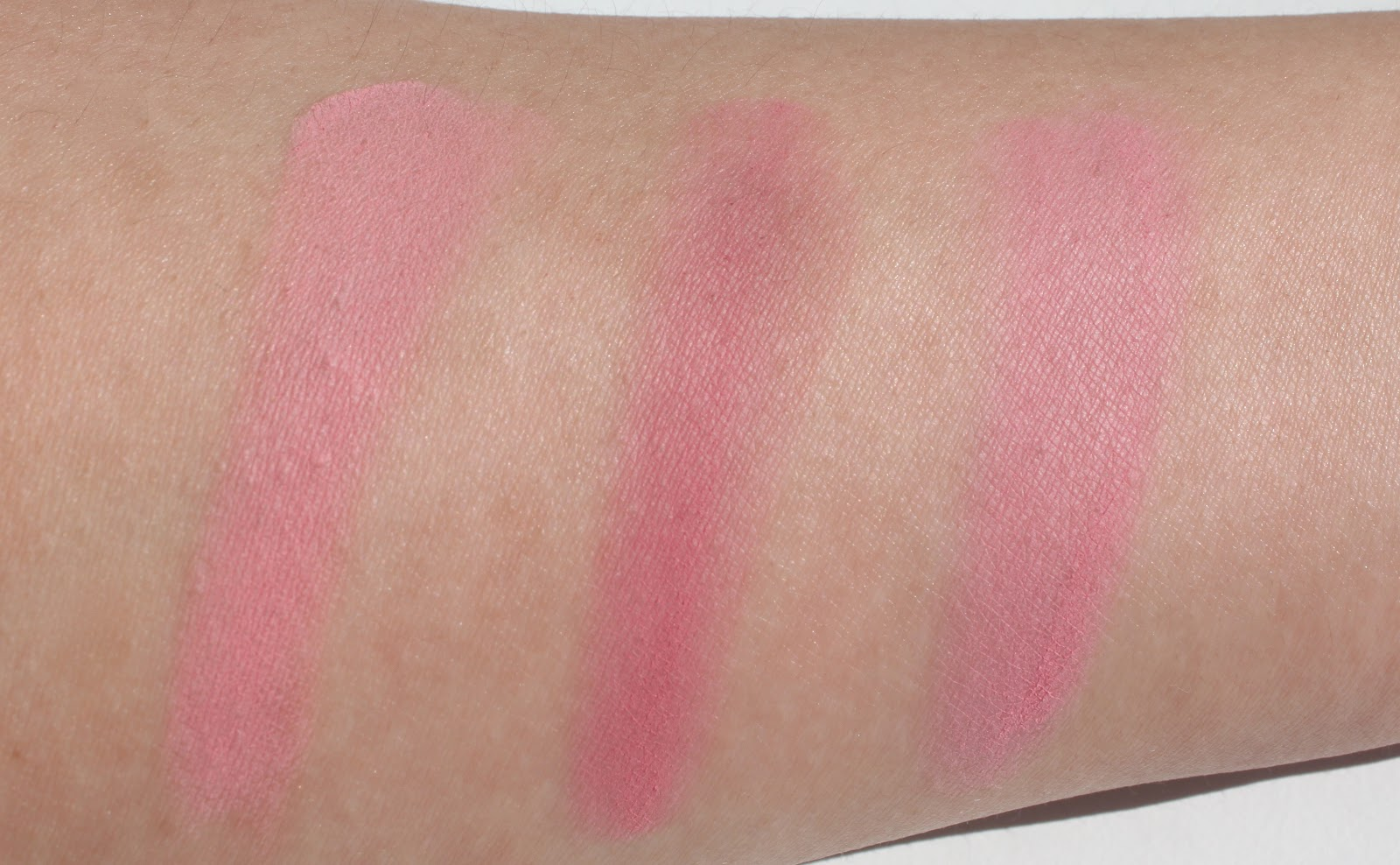 delicate hummingbird.: MAC Blushes revisited: Pinch O' Peach