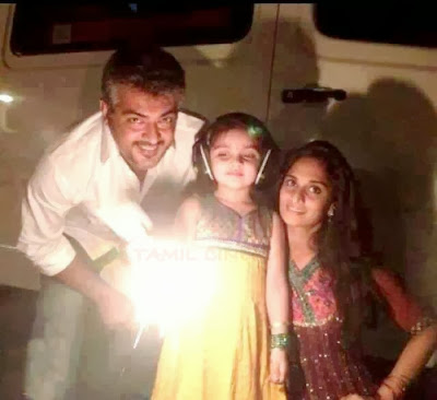 Ajith-Kumar-family-2013-diwali-celebration-pics