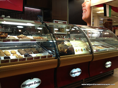 Haagen Dazs Display