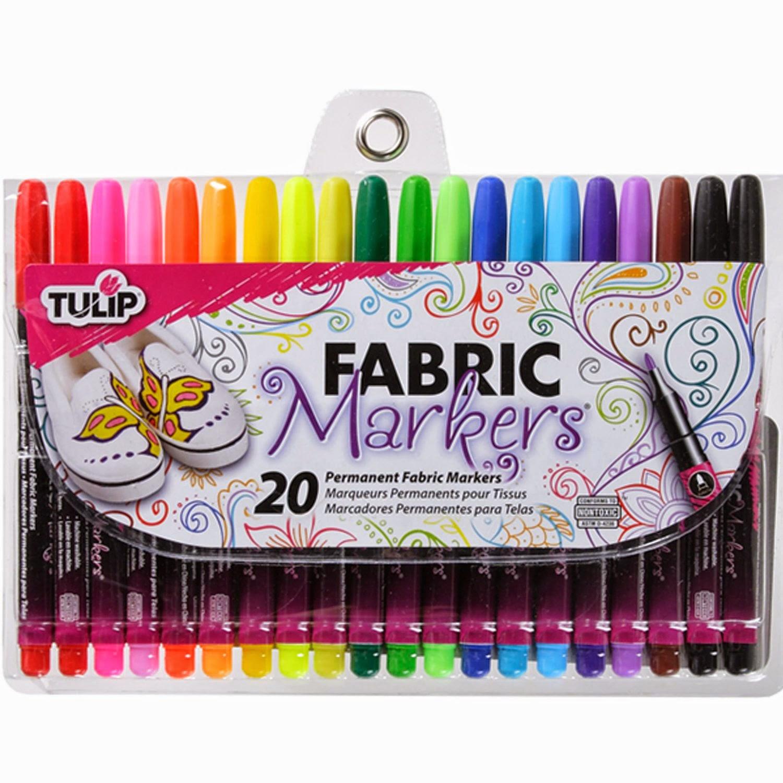 Fabric markers for cute toddler sweatshirt DIY