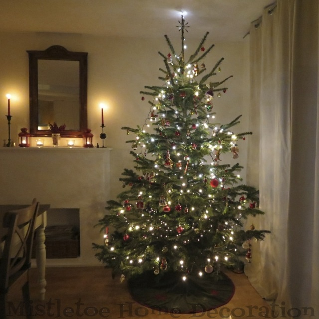 Mistletoe Home Designs Traditional Christmas Tree