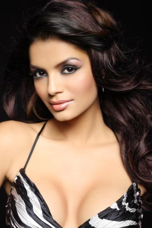 sonali raut hot unseen leaked pics photos must see 2014 bigg boss season 8 contestant hot wallpapers photos