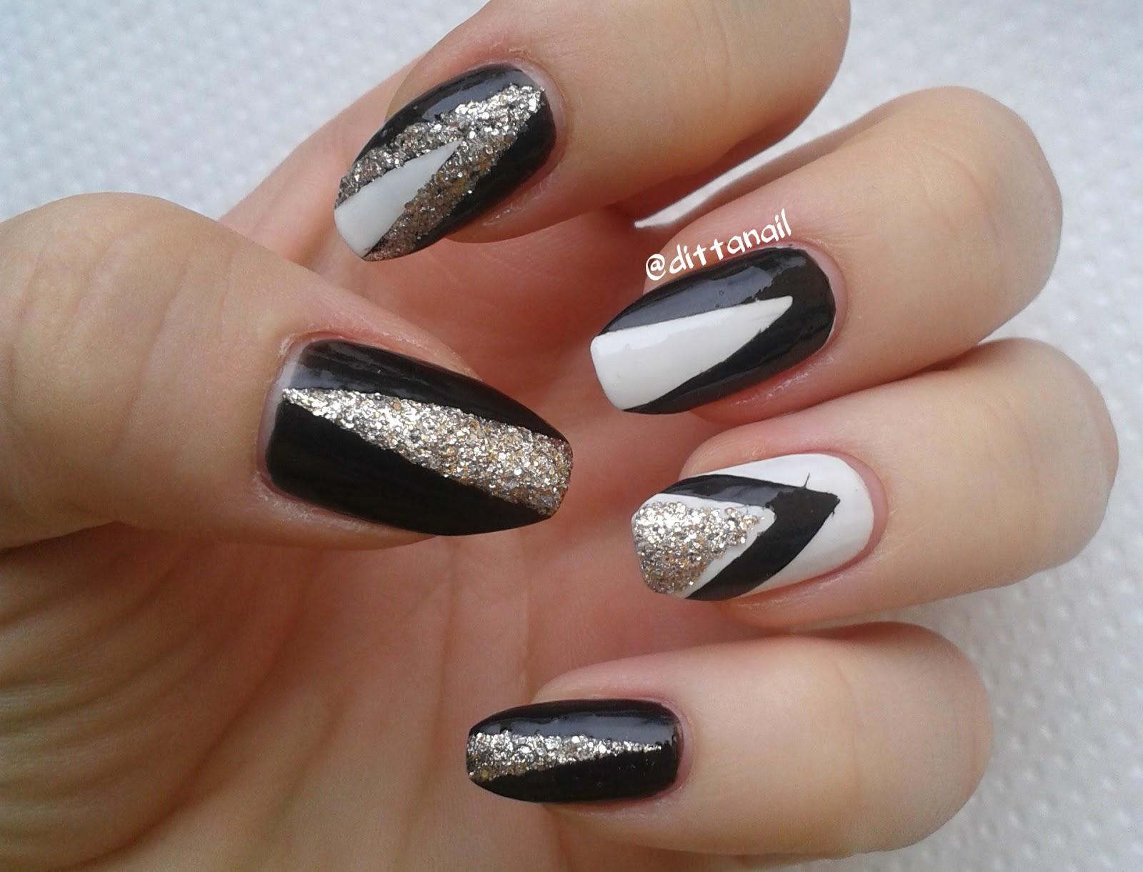 Ditta\'s nail design & art : December 2014