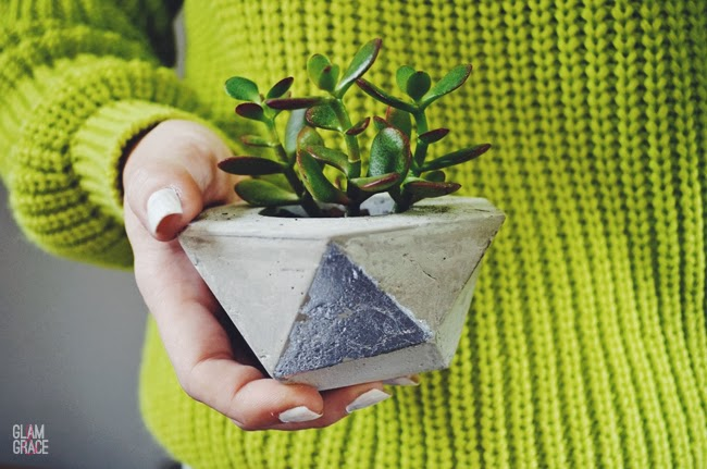 Klink Creatively - faceted  and angled concrete planter