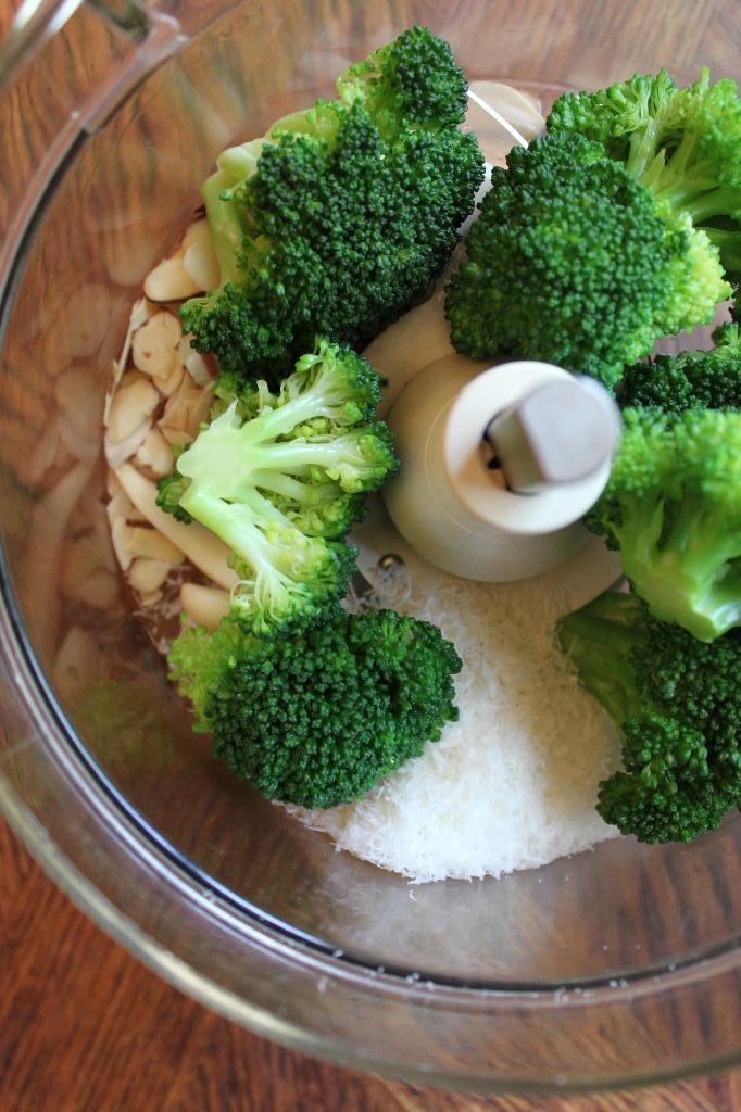 the gd kitchen: broccoli pesto + broccoli quinoa + the ...