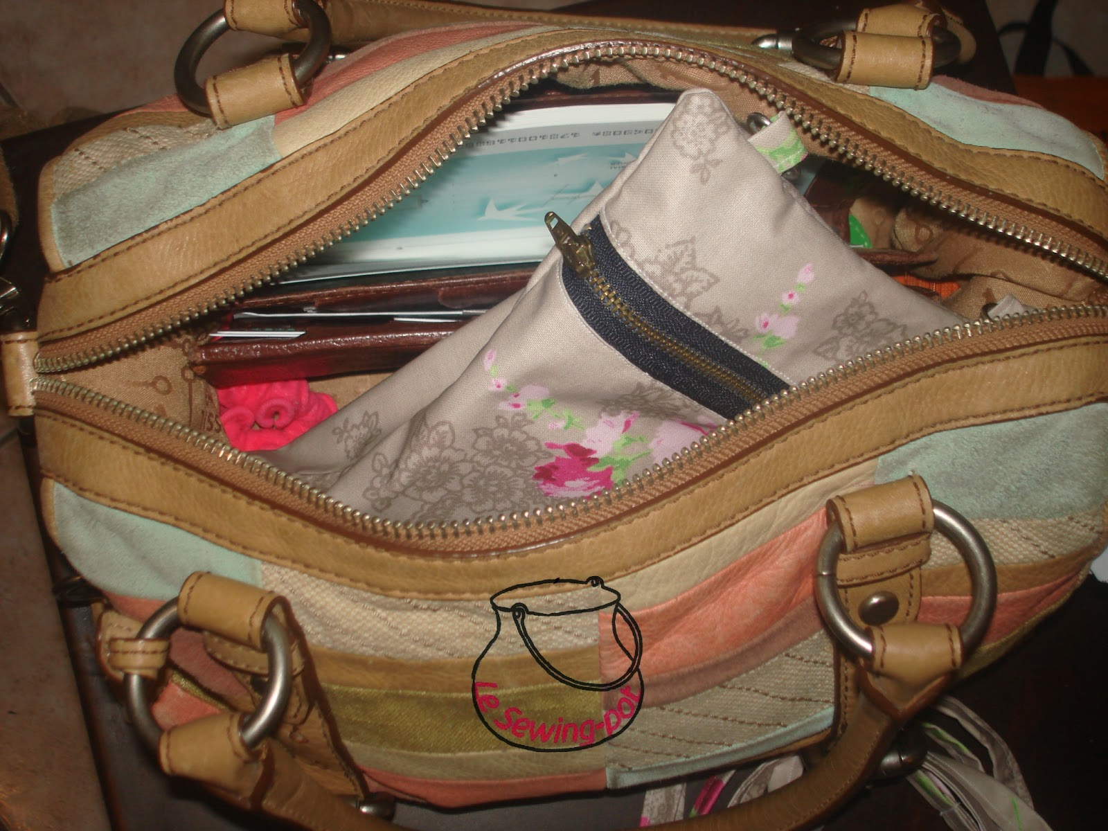 pochette à glisser dans un sac