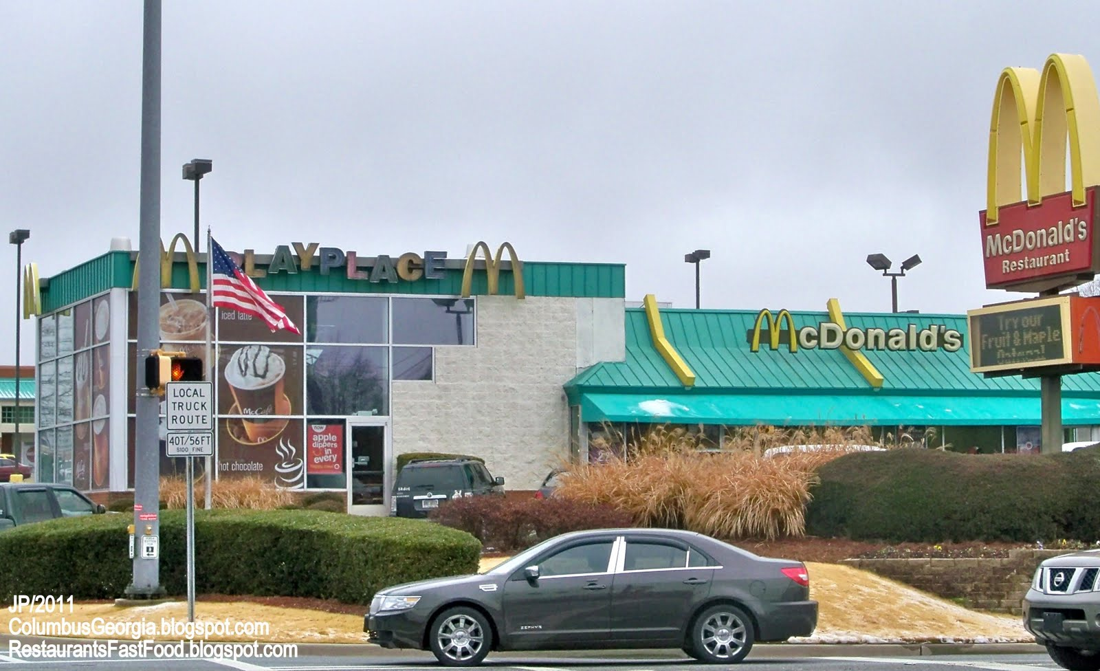 Mcdonalds Fast Food Restaurant