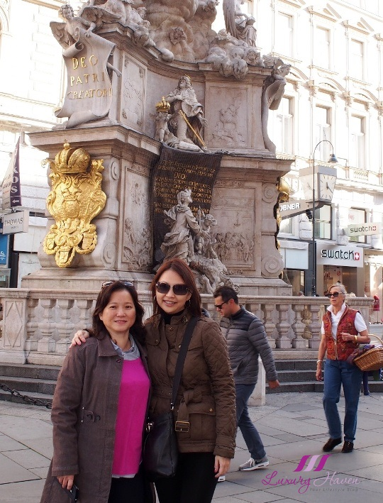singapore celebrity blogger in vienna with eu holidays