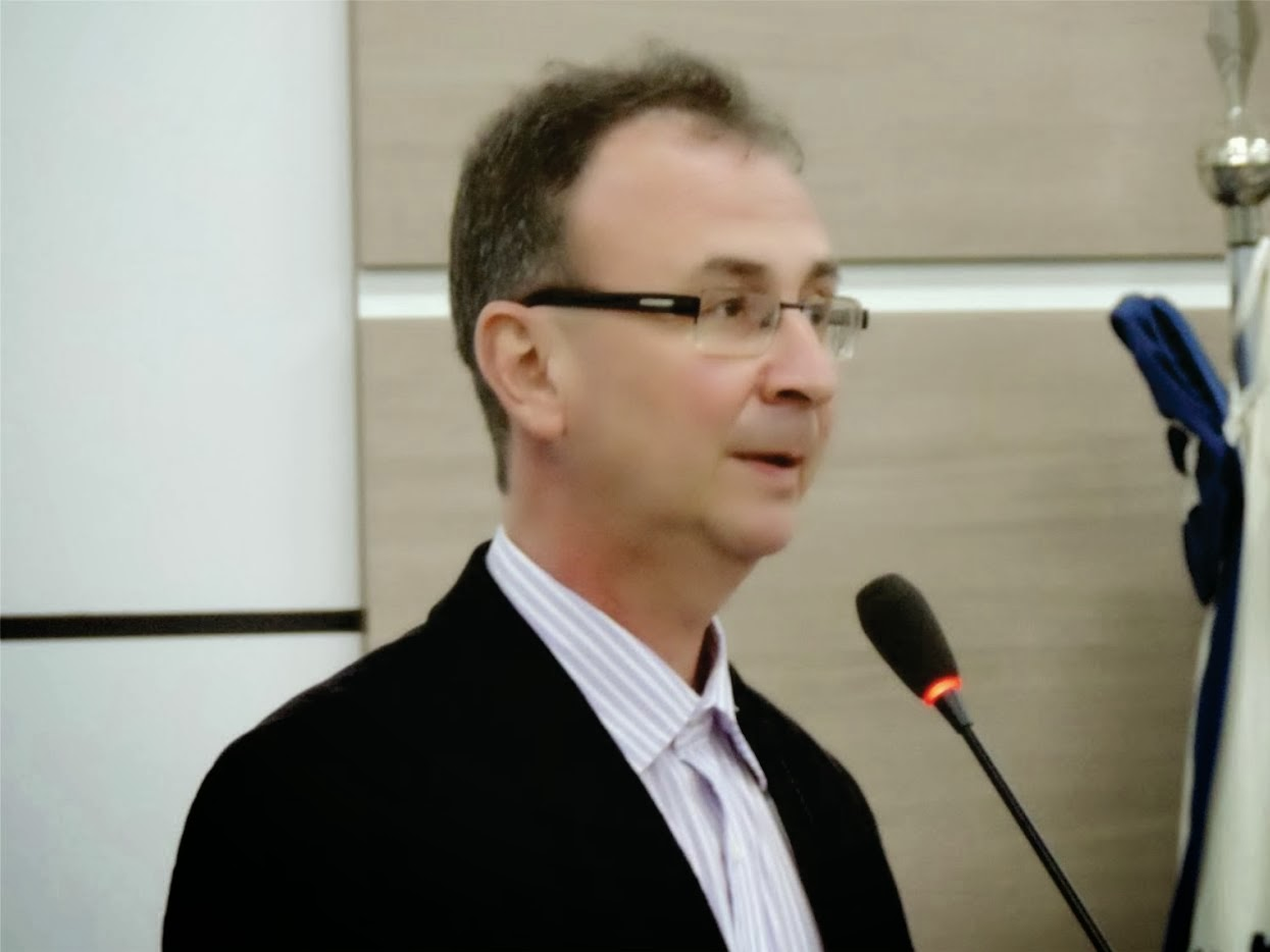 JAIR WINGERT RETORNOU A CÂMARA