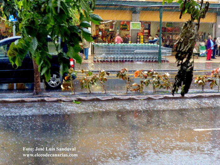 Fuerte viento y lluvia Arucas, Gran Canaria, 28 noviembre