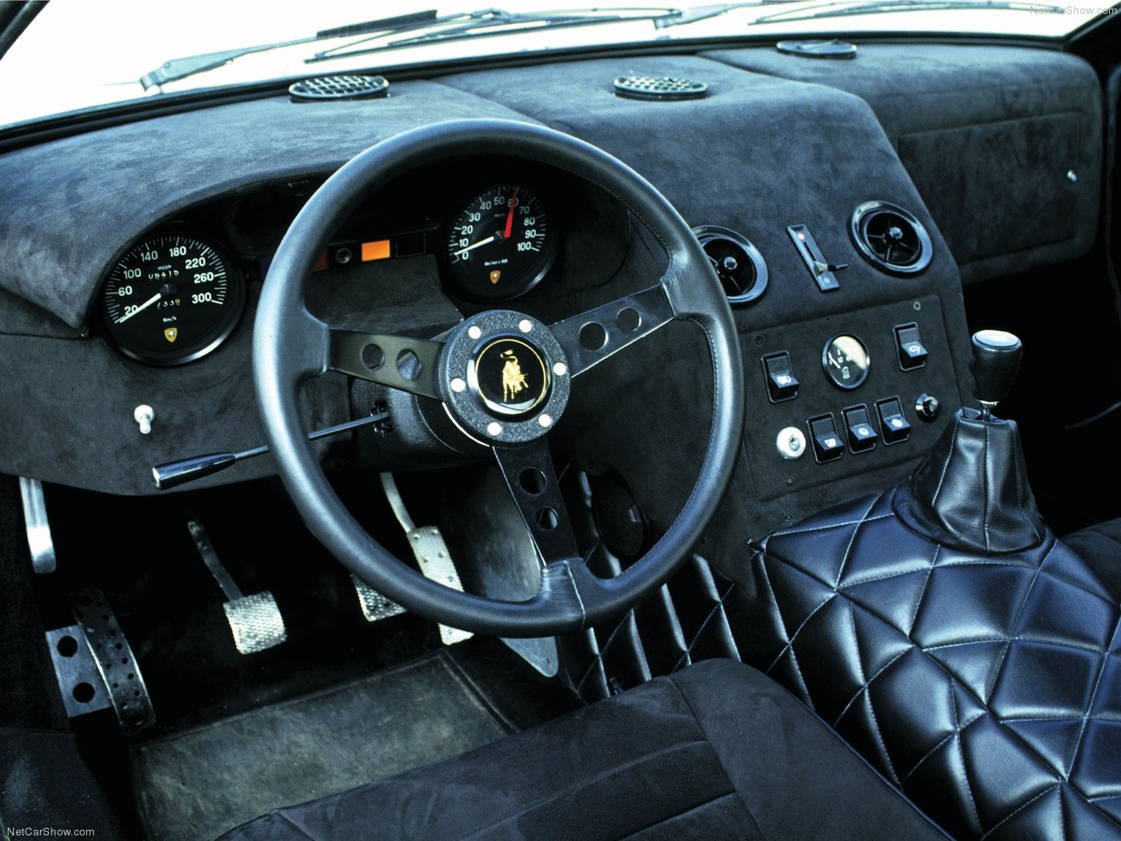 Hình ảnh siêu xe Lamborghini 400 GT 1966 & nội ngoại thất
