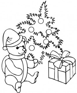Decorated Christmas tree and Christmas teddy with gifts coloring page picture for children