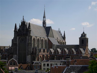 Hooglandse Kerk desde De Burcht en Leiden