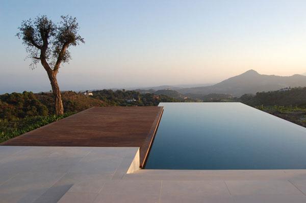 Investire in piscina coffee break the italian way of for Costare la costruzione di una casa contro l acquisto