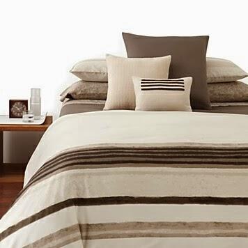 vision d co by sofia chez calvin klein les draps de lit. Black Bedroom Furniture Sets. Home Design Ideas