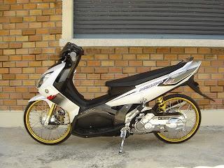 Modifikasi Yamaha Nouvo MX