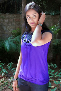 telugu actress sravani photos