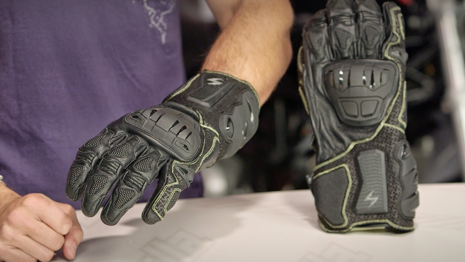 Scorpion Clutch Motorcycle Gloves