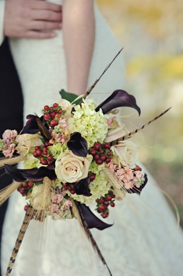 vintage purple and red fall wedding bouquets