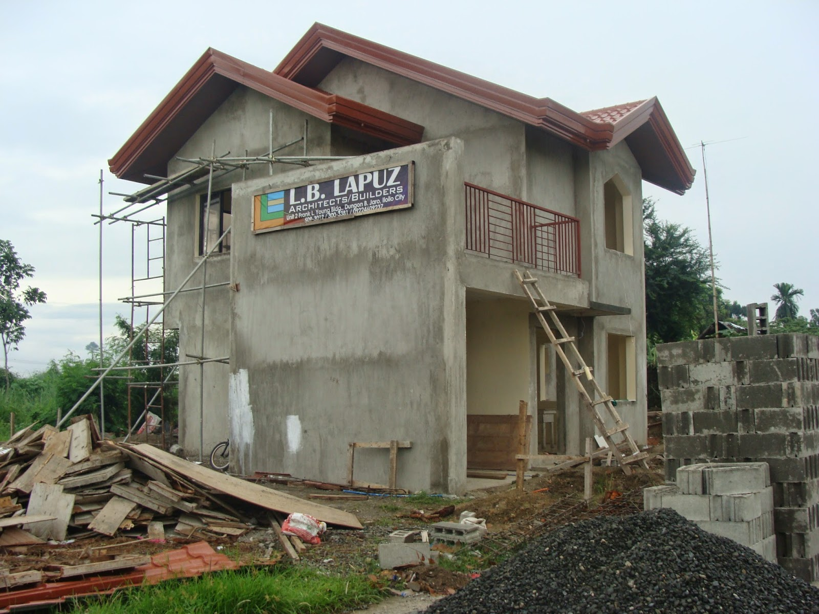 Monte rosa subdivision house construction project in hibao for Three storey house designs in the philippines