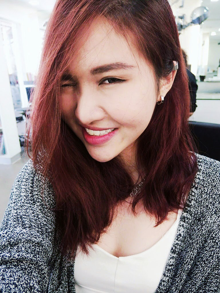 First  let me post a selfie with my new hair before I start Korean Hair 2014