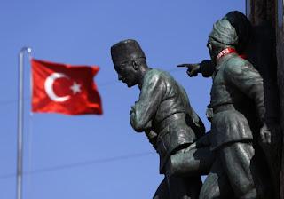 Η Τουρκία θέλει τώρα 5 δισ. για το προσφυγικό! Δείτε πώς απειλεί την Ευρώπη
