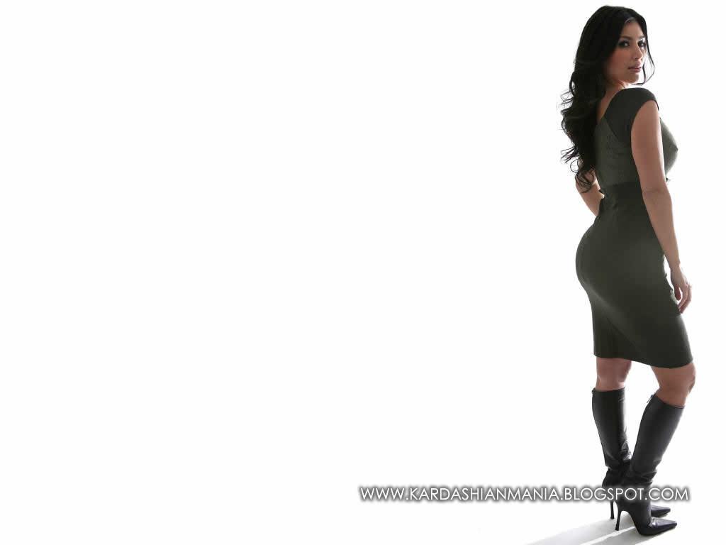 http://4.bp.blogspot.com/-aw3XRkPdkiQ/TcQDIolnguI/AAAAAAAAAAY/lIEREIuJQbA/s1600/kim_kardashian_5-1024.jpg