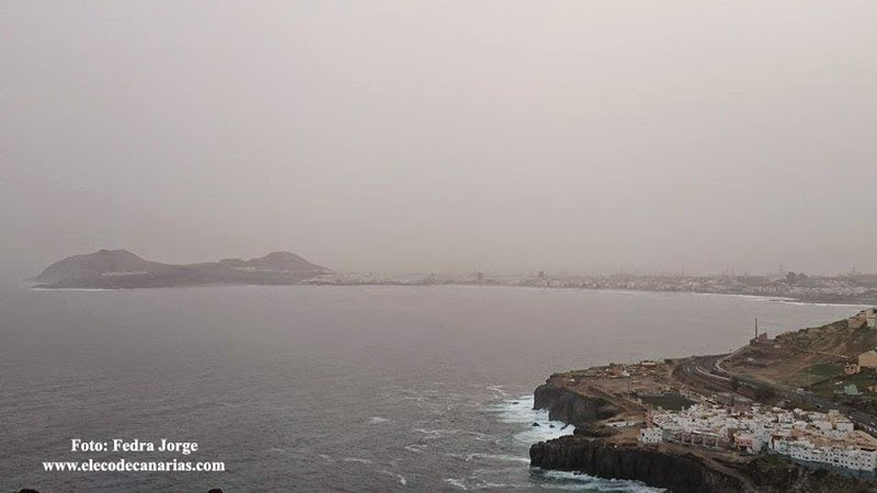 La calima vista desde Arucas - Las Palmas