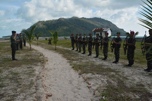 Kunjungan Panglima TNI ke Pulau Terluar