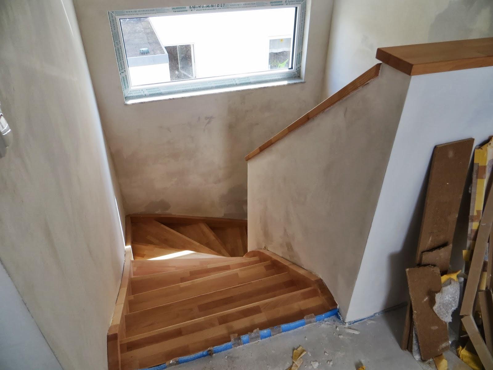 t r vor treppe einfache heimidee. Black Bedroom Furniture Sets. Home Design Ideas