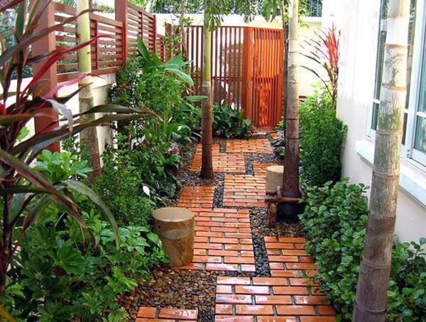 Garden Design Ideas: Brick Pathway