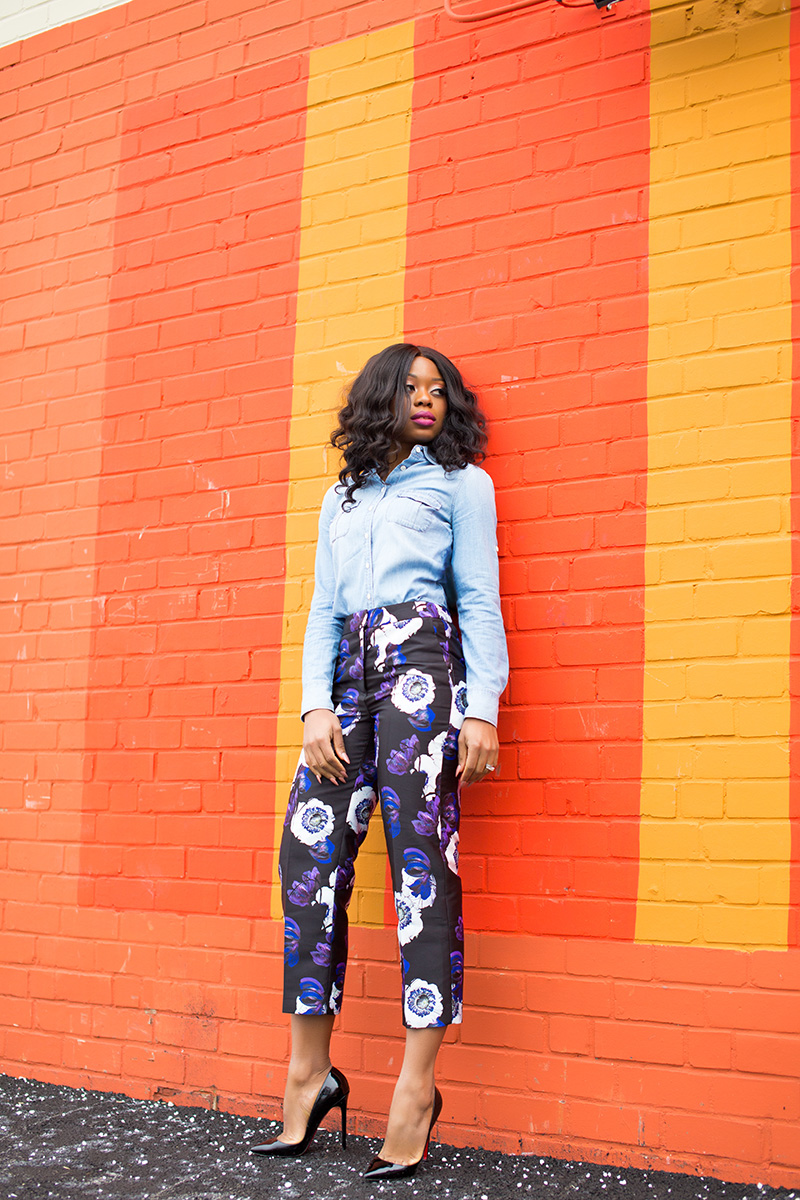 work style, Jcrew floral pants, floral pants, chambray shirt, www.jadore-fashion.com